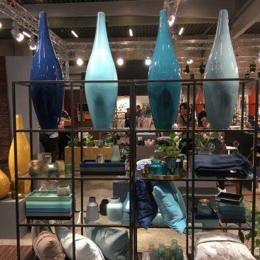 FORMLAND 2017 - Høje vaser i efterårets blå/grønne farver