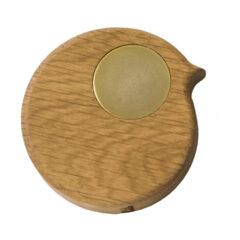 BiRPonthewall knage i olieret egetræ og gyldent øje