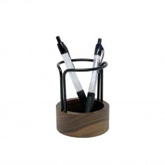 blyantholder fra dot aarhus i valnød/black