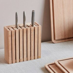 Knivblok i egetræ fra Andersen Furniture