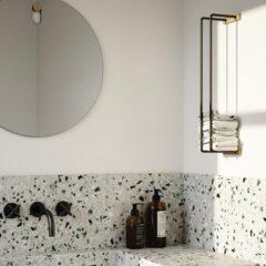 Toiletrulleholder Bathroom Rack fra by Wirth i natur egetræ